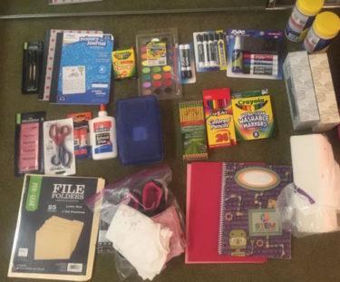 ハワイの公立小学校入学準備【最初に文房具を揃えるんです】