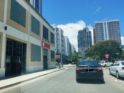 Hマート駐車場行き方1