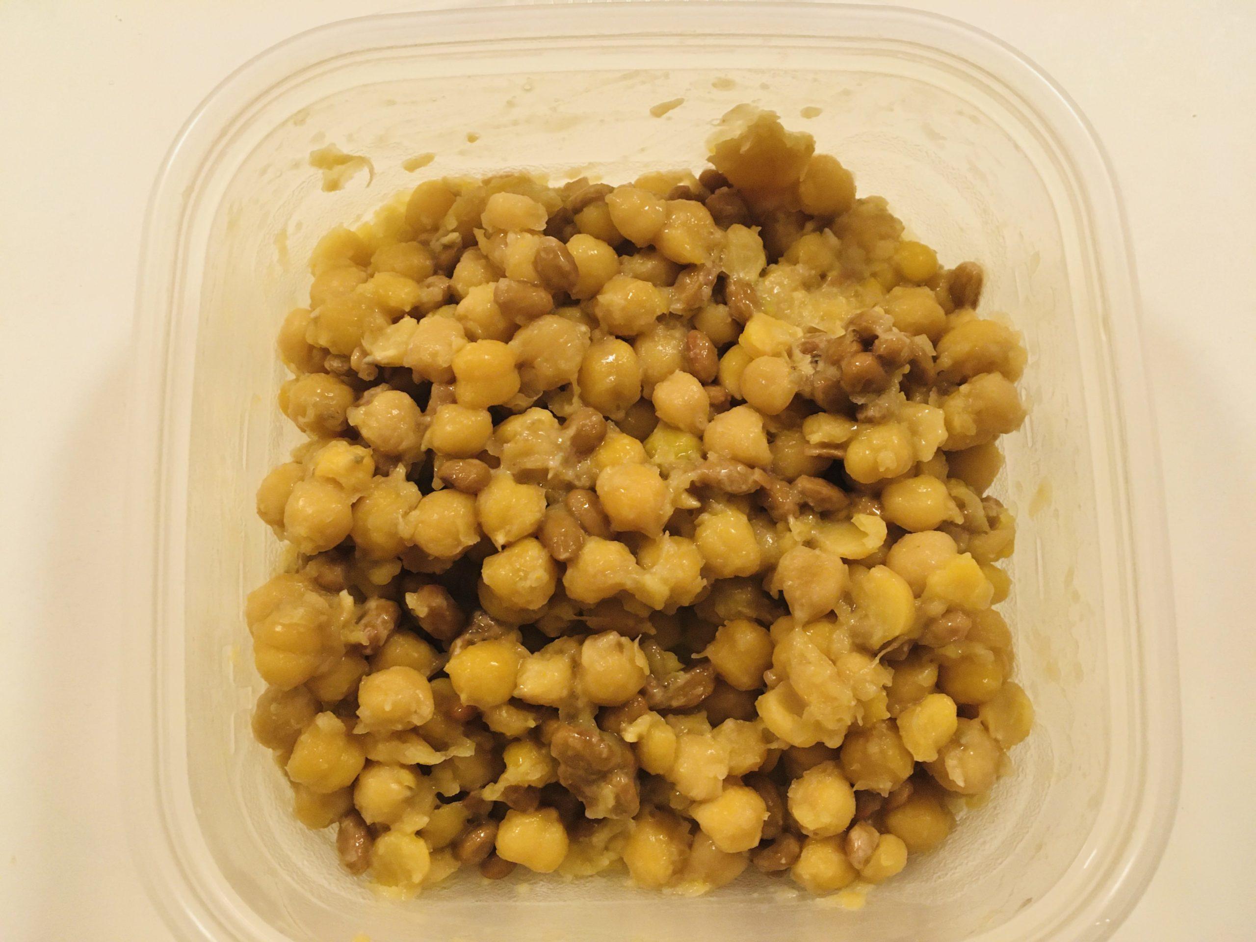 ひよこ豆で納豆混ぜる