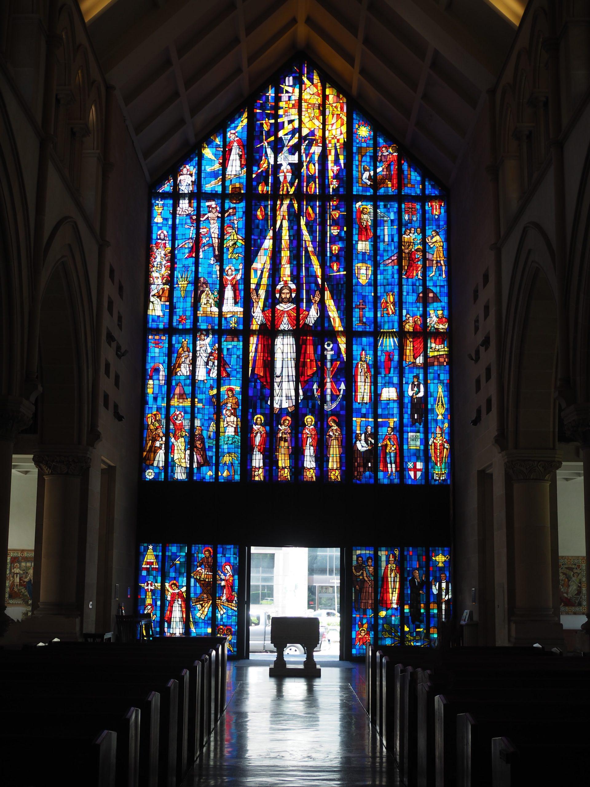 セントアンドリュース大聖堂ステンドグラス