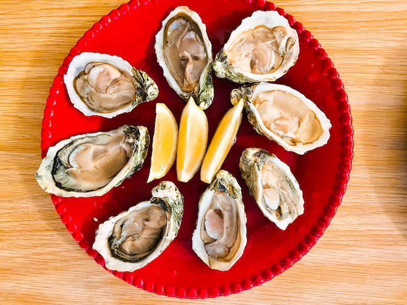 クアロアランチ生牡蠣とレモン