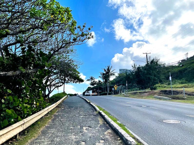 カイルアビーチへの道