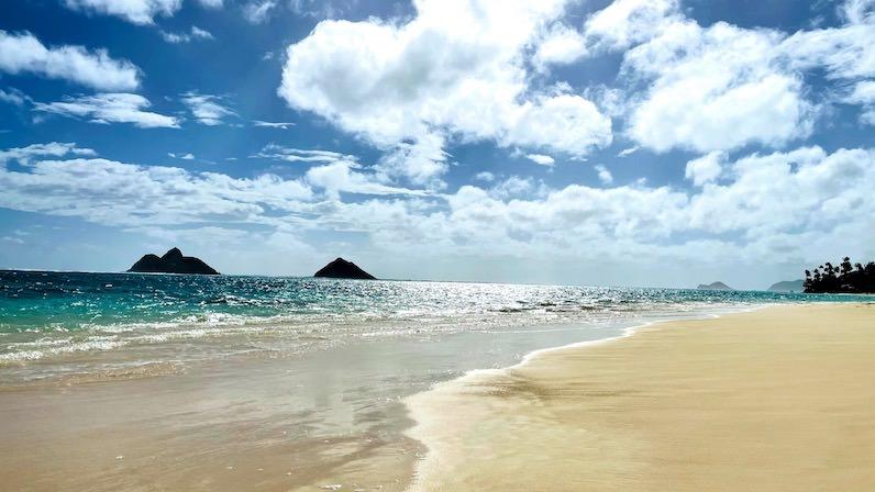 モクルア島(モクヌイ島とモクイキ島)