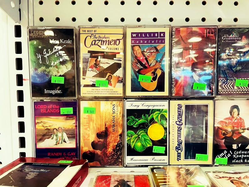 ビレッジ・ブックス&ミュージック(Village Books&Music)テープ