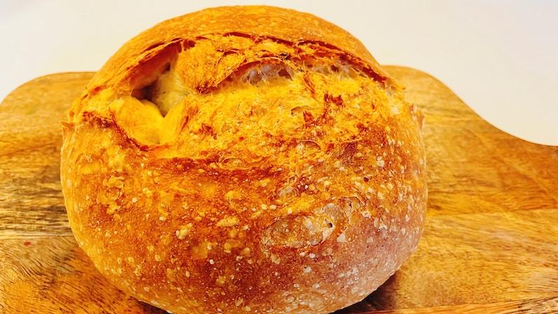 焼けた土鍋パン