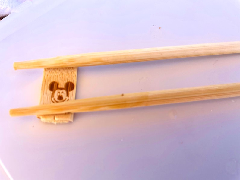 アウラニ・ディズニー・リゾートのお箸が箸置きに