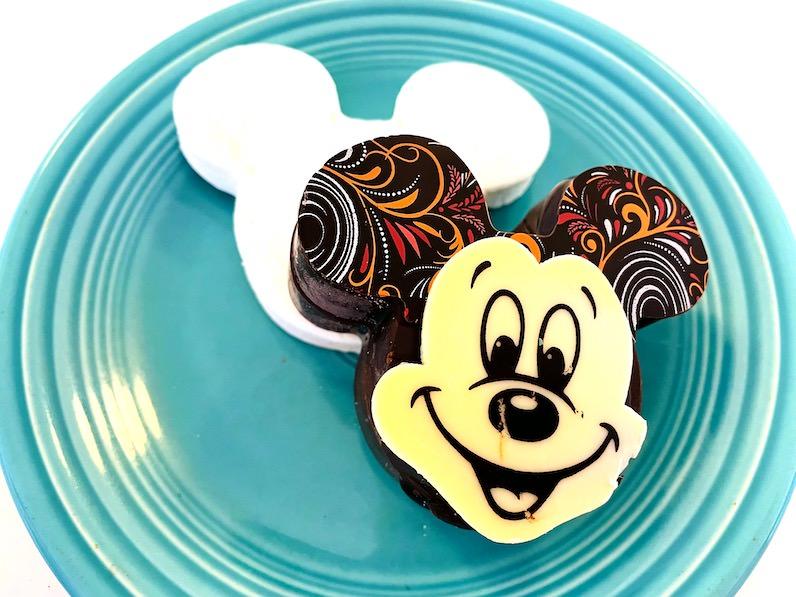 アウラニ・ディズニー・リゾートのミッキーのココア
