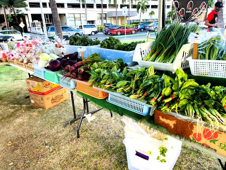 野菜(ホノルルファーマーズマーケット)