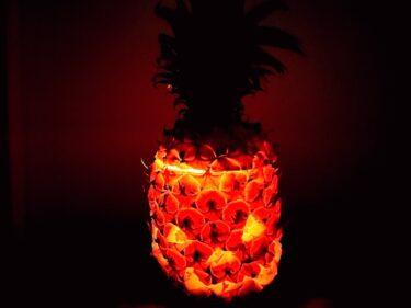 【ハワイでハロウィン】パイナップルでジャック・オー・ランタンを作ってみた!